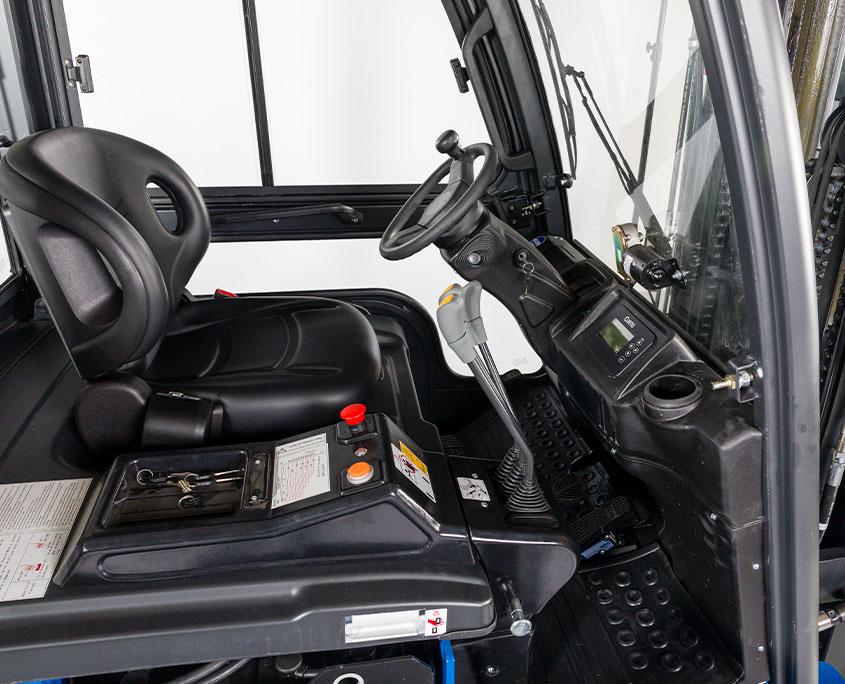 NH gaffeltruck førekabine