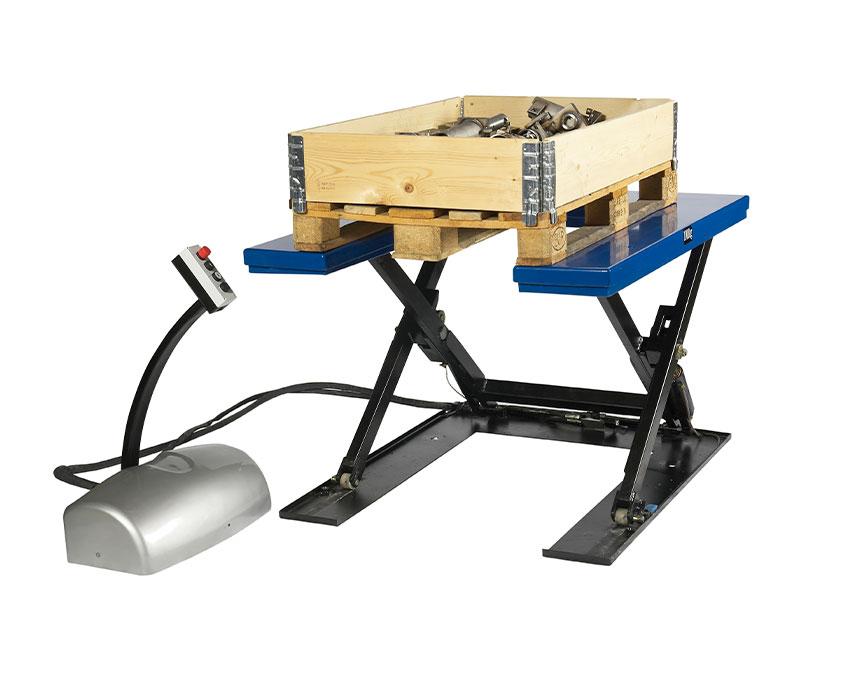 elektrisk løftebord med u-form og lav læssehøjde